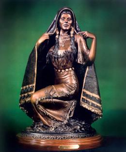 Shawl Woman